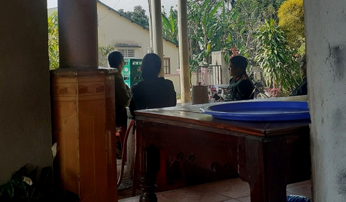 Vietnamese military officer arrested for tying up wife, beating her to death
