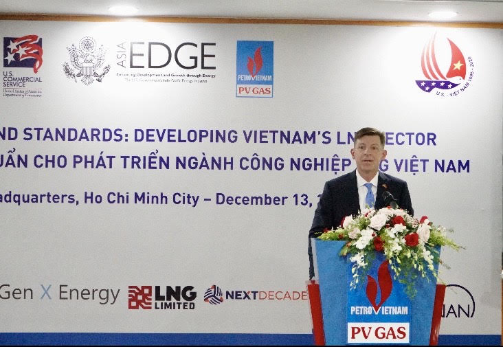 U.S. Consulate General Ho Chi Minh City Deputy Principal Officer Timothy Liston speaks at a workshop in Ho Chi Minh City on December 13, 2019. Photo: U.S. Consulate General in Ho Chi Minh City