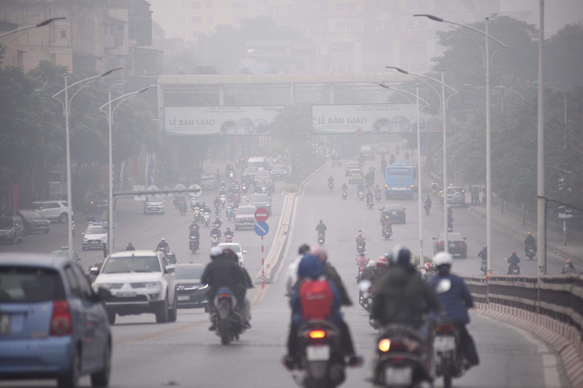 Environment ministry issues warnings regarding severe pollution in Hanoi