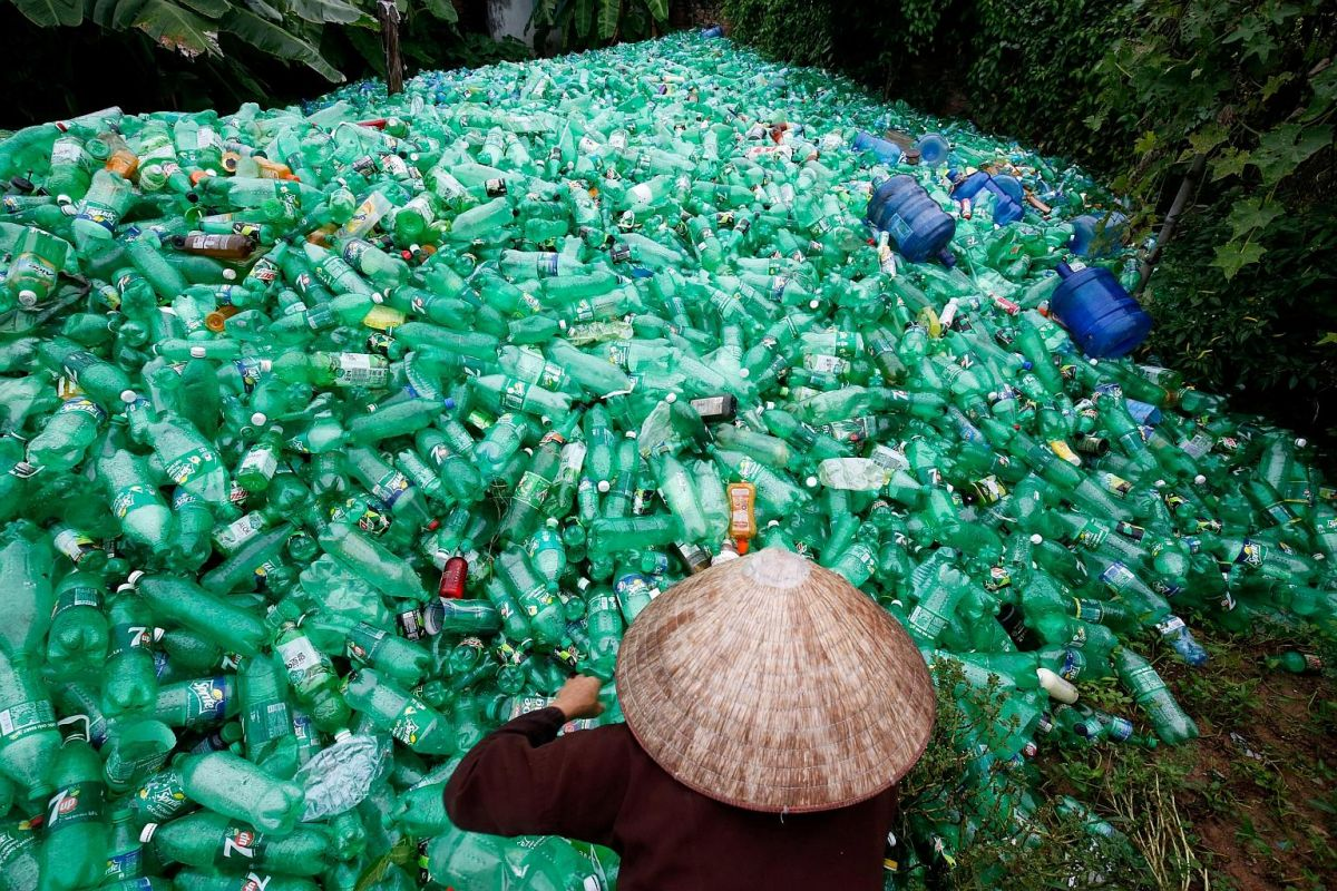 From waste to resource: If we are to keep plastics out of the ocean, we must transition to a circular economy