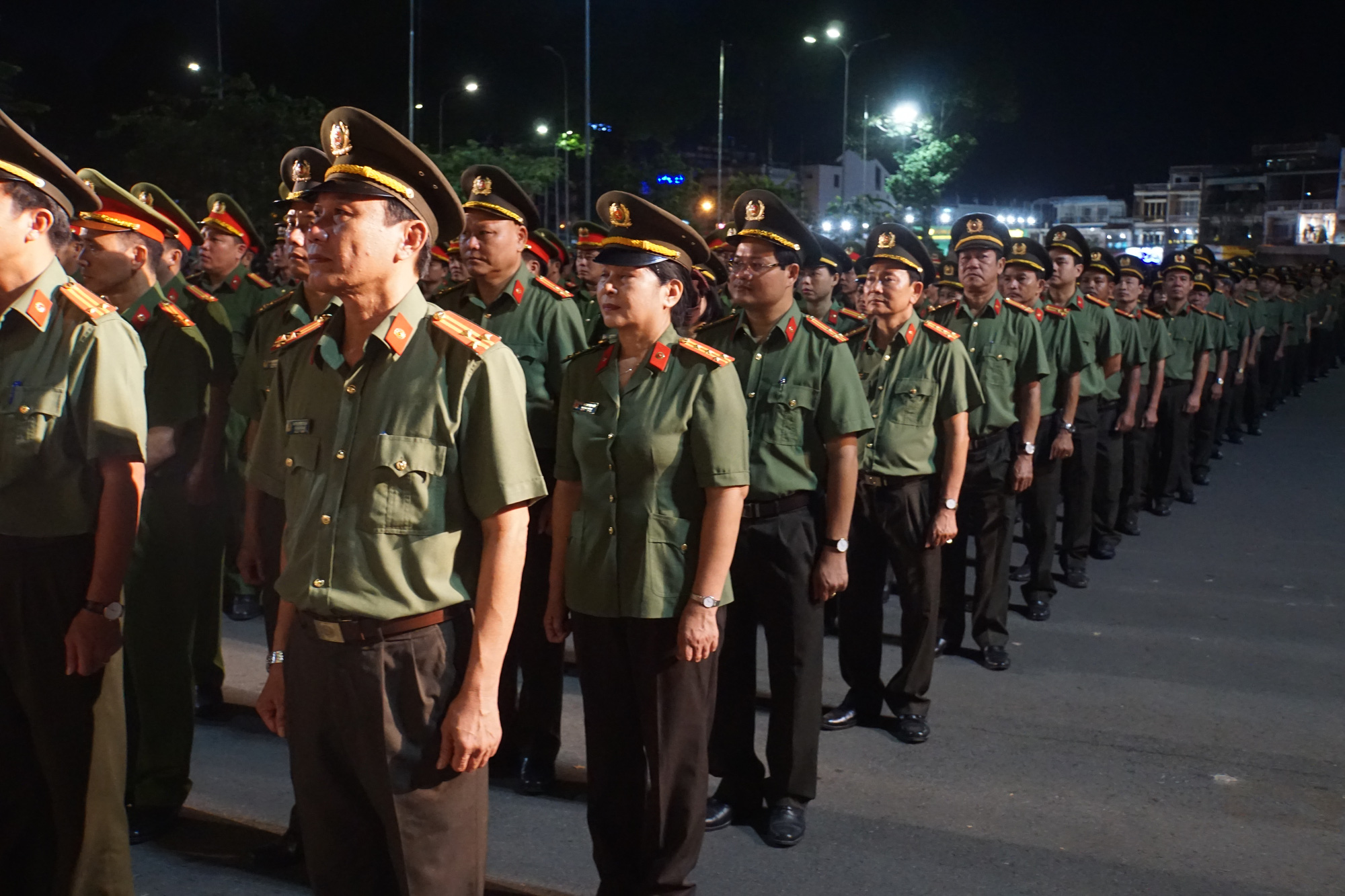 Approximately 1,000 officers attend the ceremony, December 16, 2019. Photo: H.M. / Tuoi Tre