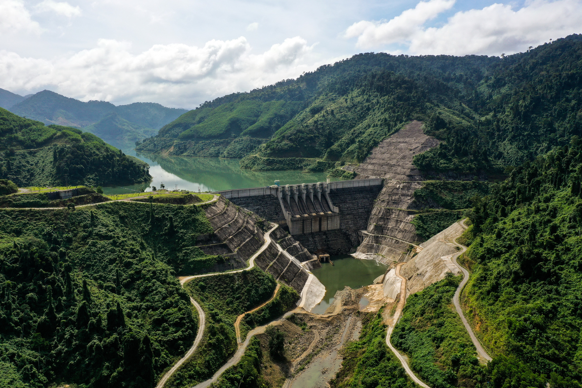 Hydroelectric dams haunted by water scarcity in central Vietnam