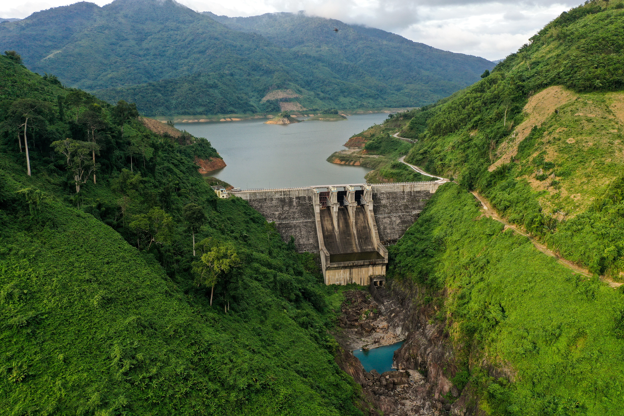 The A Vuong hydroelectric dam in Quang Nam Province. Photo: Tan Luc / Tuoi Tre