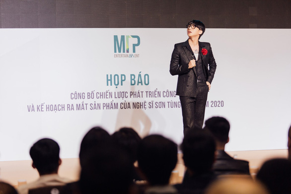 Vietnam pop star Son Tung M-TP to build own social networking site in 2020