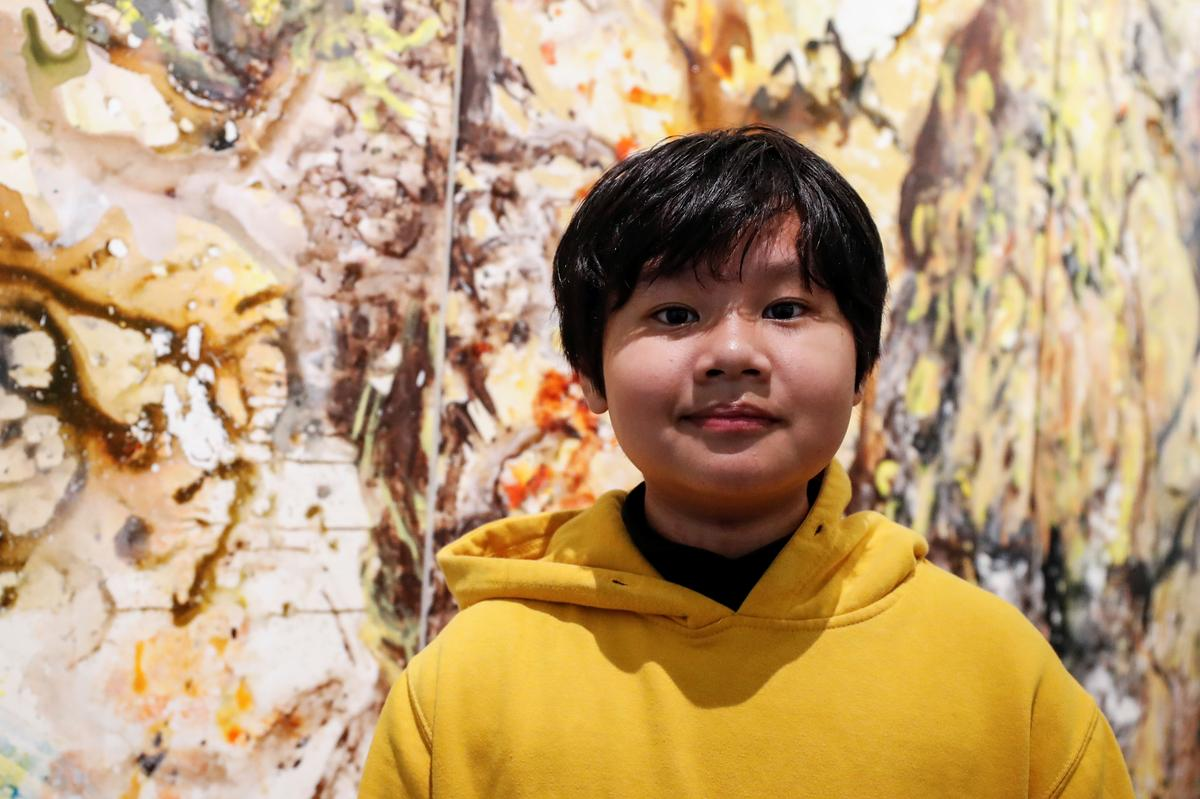 Art exhibit by 12-yo Vietnam boy dubbed 'young Jackson Pollock' opens in New York