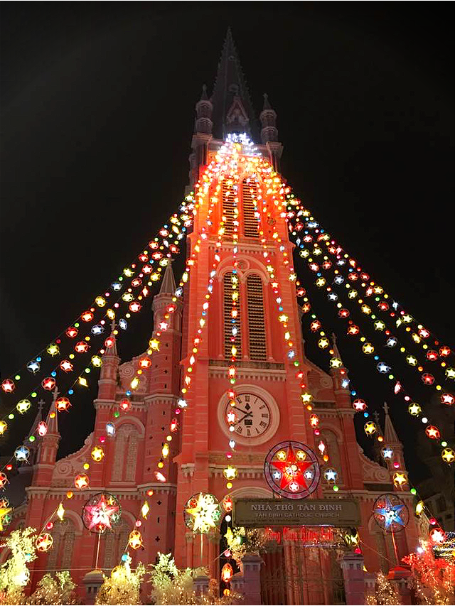 Colorful lights at Tan Dinh Church in District 1. Photo: K.Ngoc / Tuoi Tre