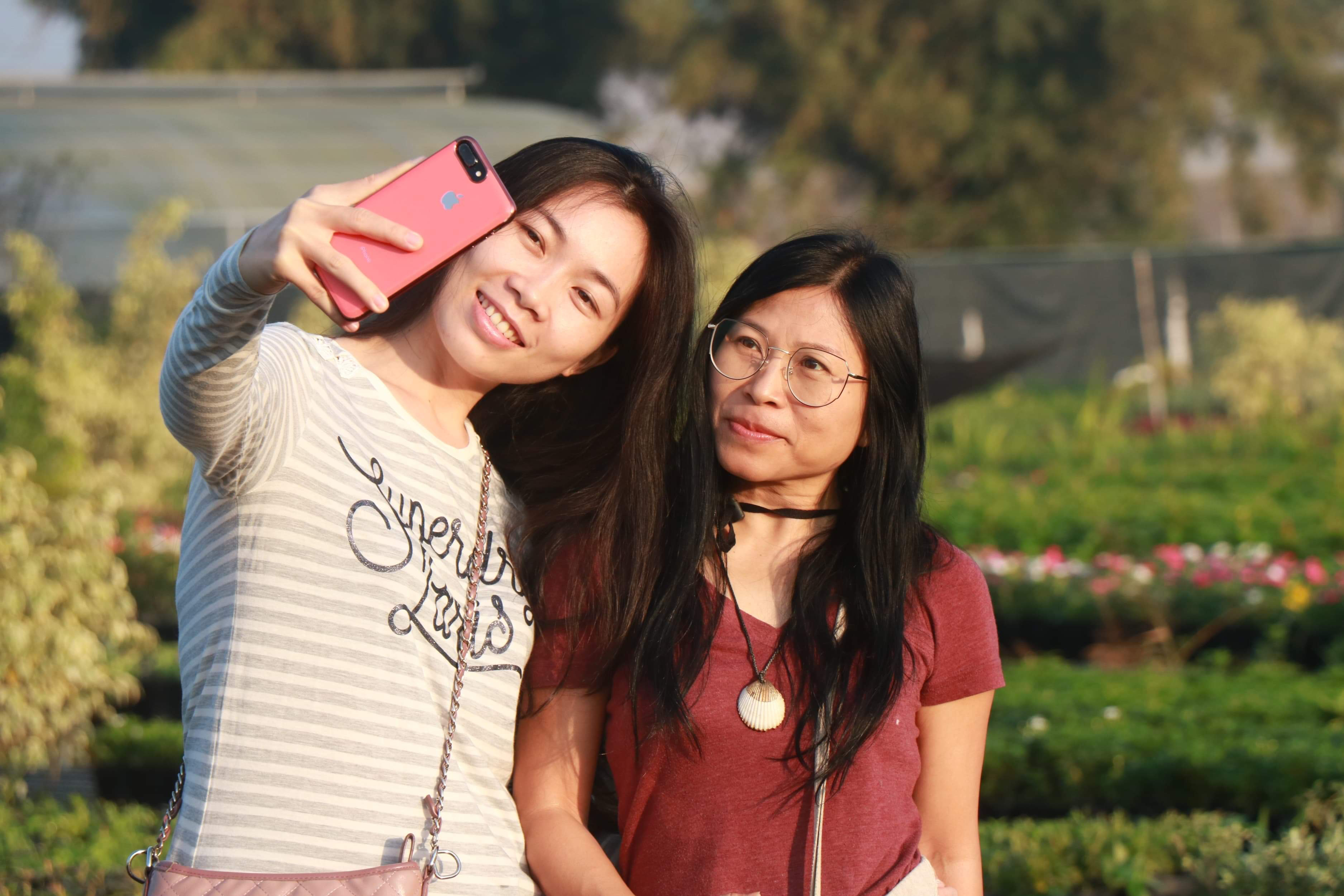 Women take a selfie at the Tan Quy Dong flower neighborhood in Sa Dec City, Dong Thap Province, southern Vietnam. Photo: Hong Van