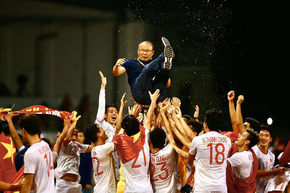 All hail the new kings: men's football dominates Vietnam's sporting moments in 2019