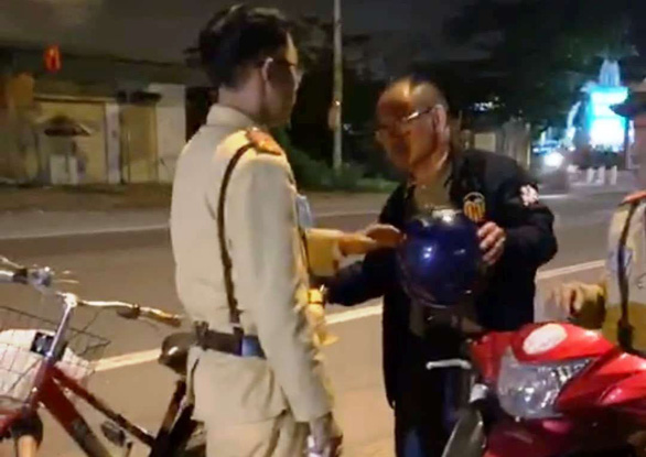 Foreigner fined for drinking and then cycling in Vietnam