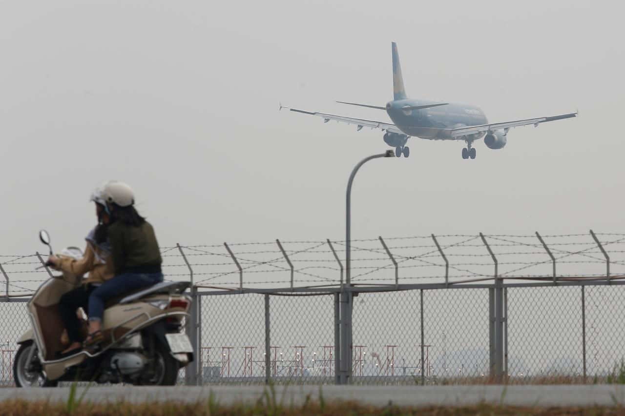 Vietnam's KiteAir seeks 2020 launch in fast-growing aviation market