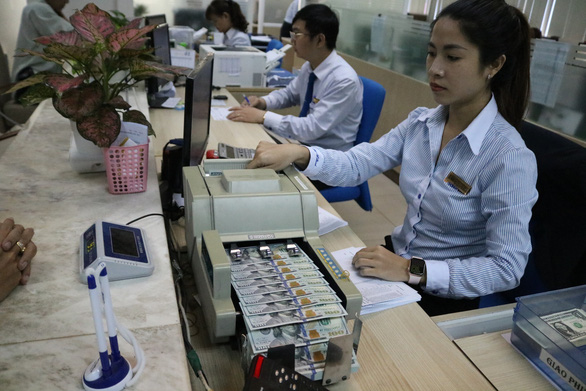 Vietnam does not manipulate currency: central bank