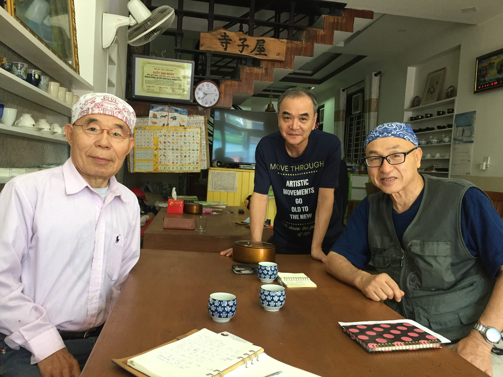 Japanese trio runs free language classes for Hoi An locals