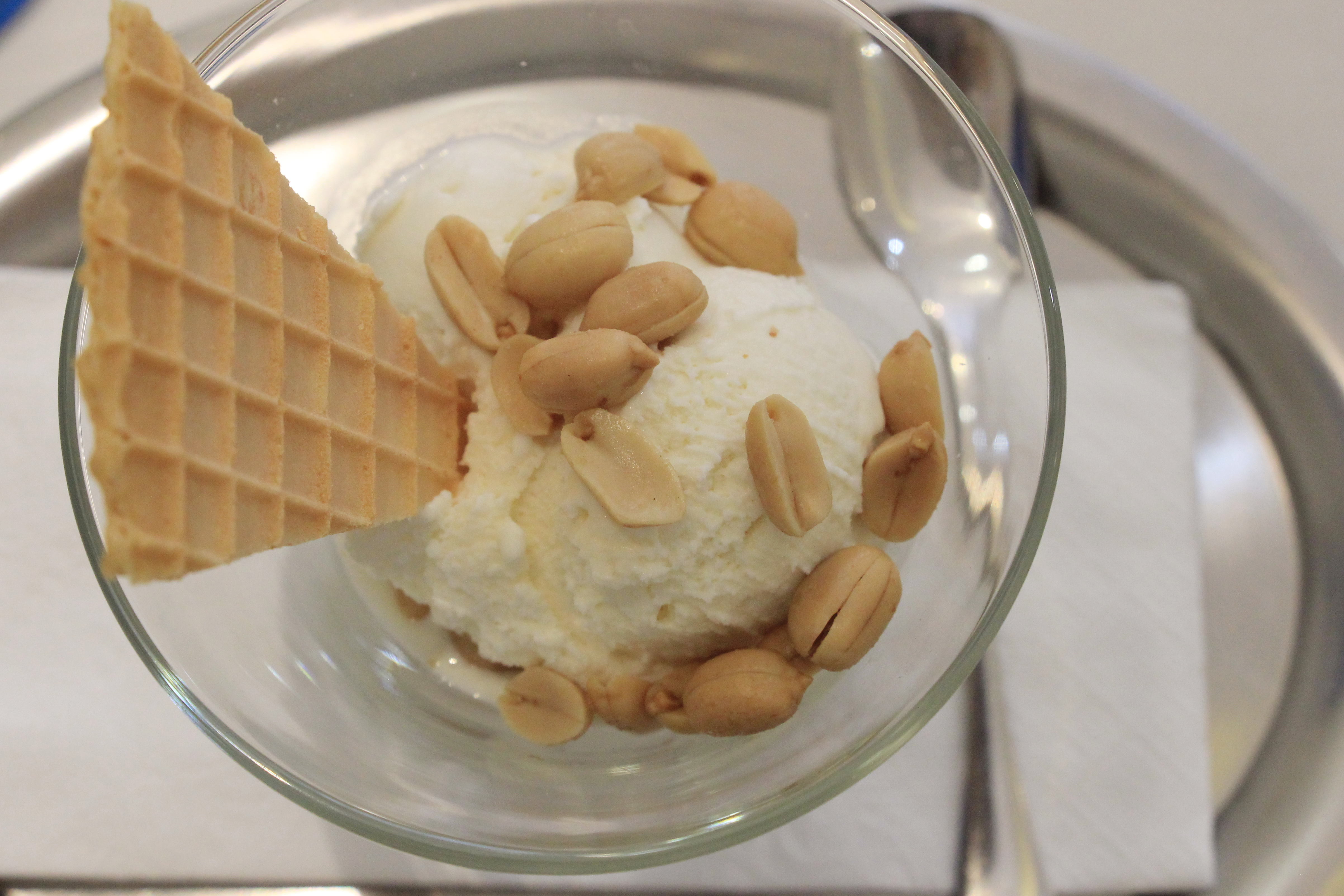 Fish sauce gelato is served with peanuts and a piece of waffle at Ralf's Arisan Gelato. Photo: Dong Nguyen/Tuoi Tre News