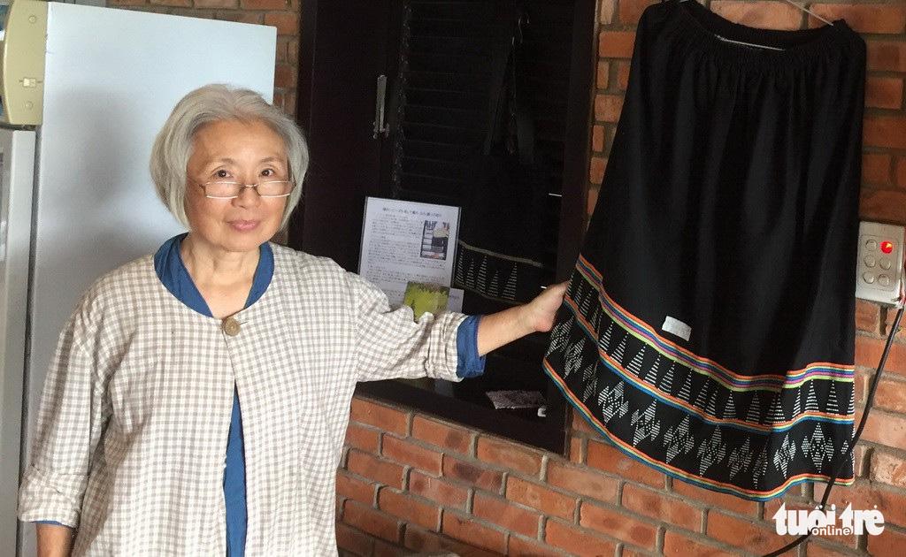 Former Japanese dentist visits Vietnam's Hoi An for final project