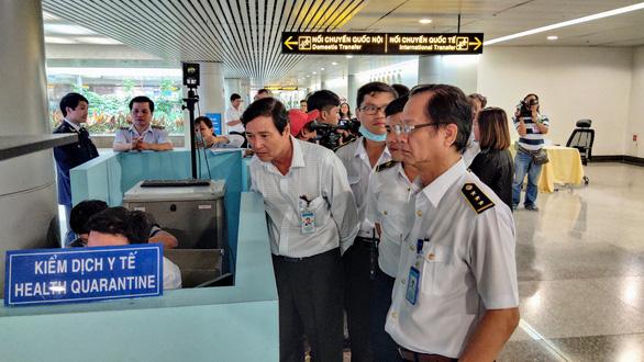 Vietnam PM orders tightening of screening at border gates to repel deadly coronavirus