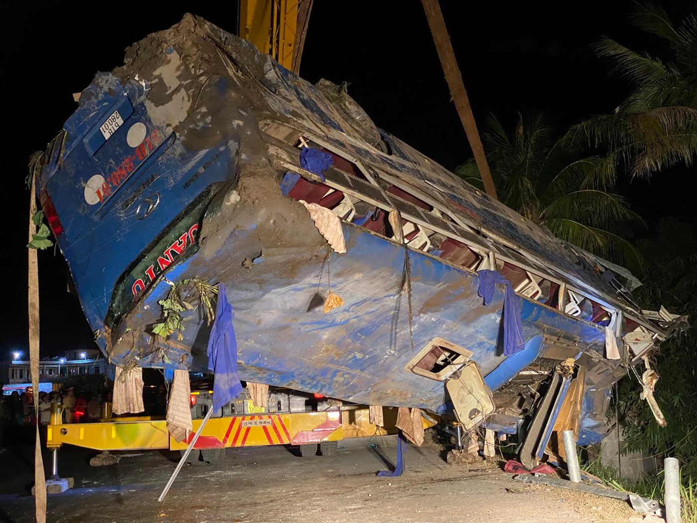 Dozens injured as passenger bus topples in south-central Vietnam