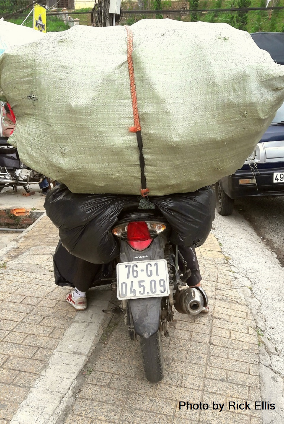Heavy load in Vietnam