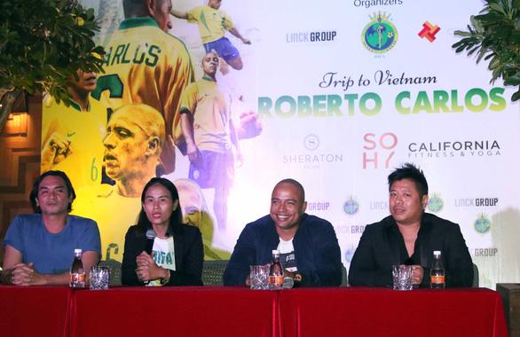 Brazil football legend Roberto Carlos to return to Vietnam in second visit