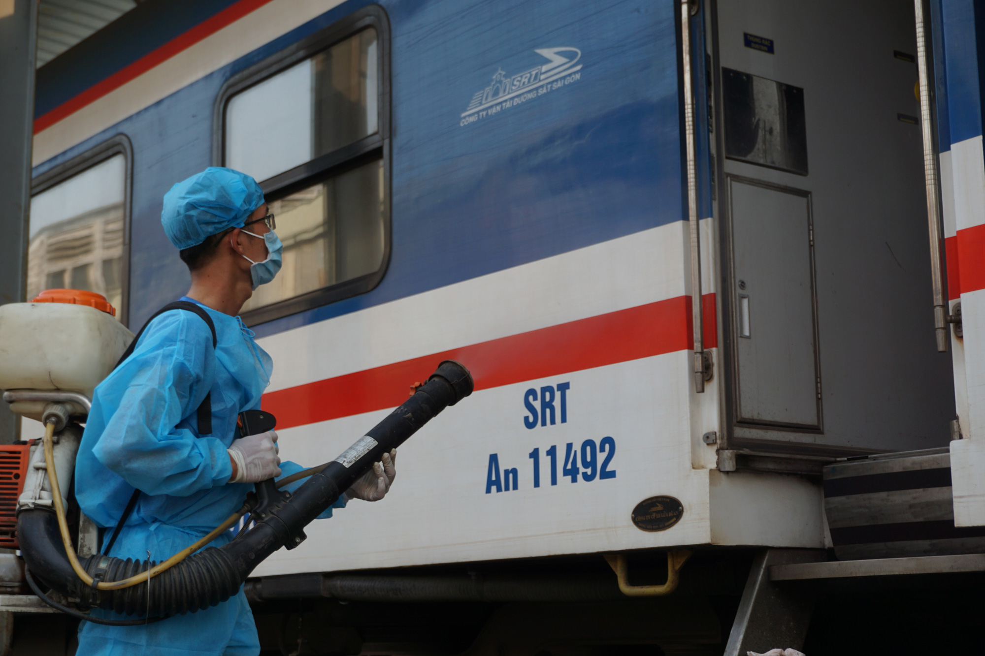 A train is sterilized after arriving at the Saigon Railway Station in District 3, Ho Chi Minh City. Photo: Duc Phu / Tuoi Tre