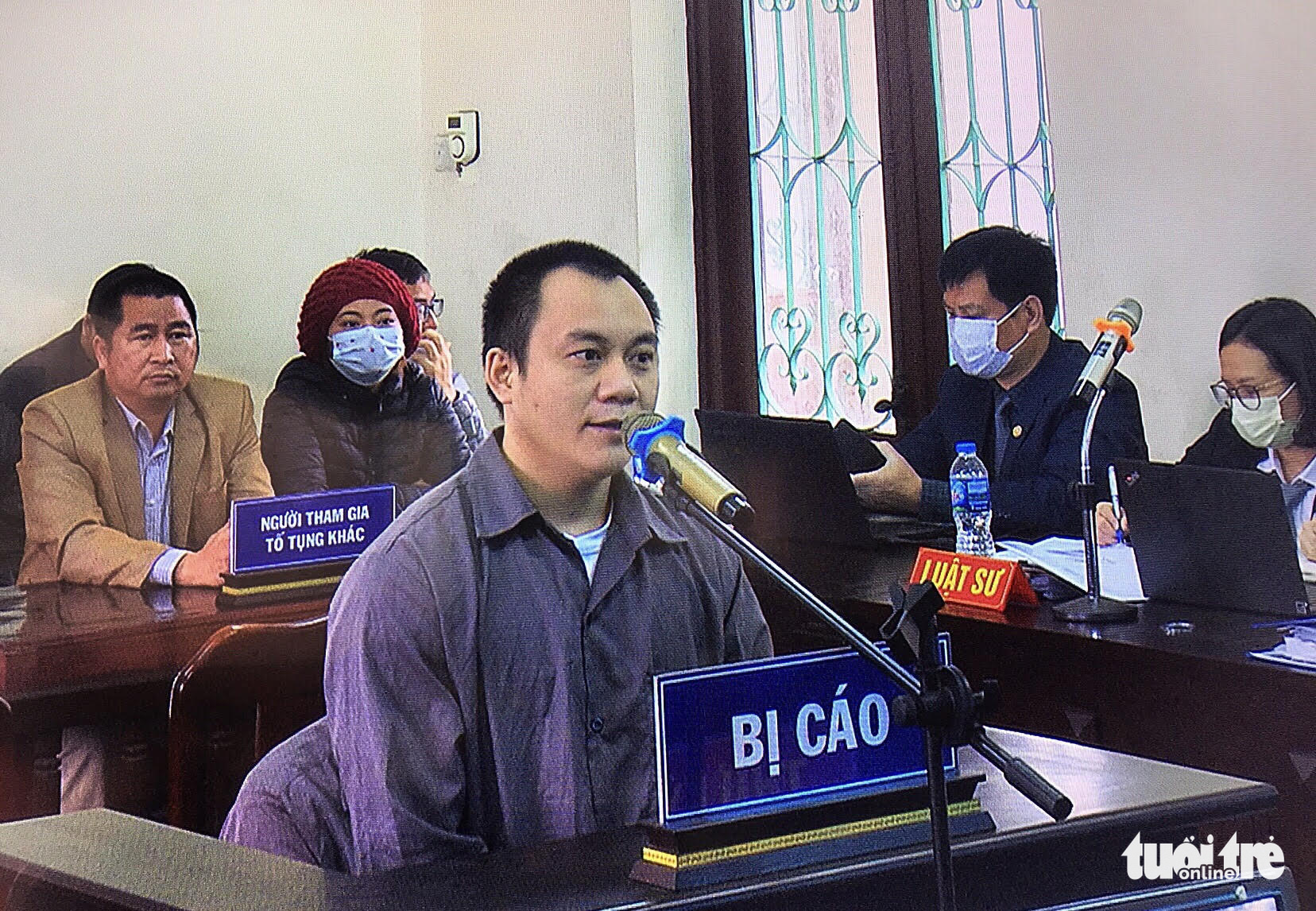 Truck, car drivers jailed over deadly 'reversing car' accident on northern Vietnamese expressway
