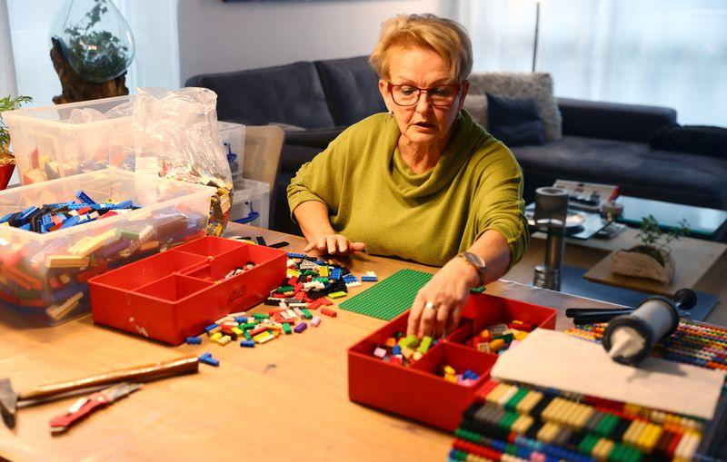 German grandma builds wheelchair ramps from Lego