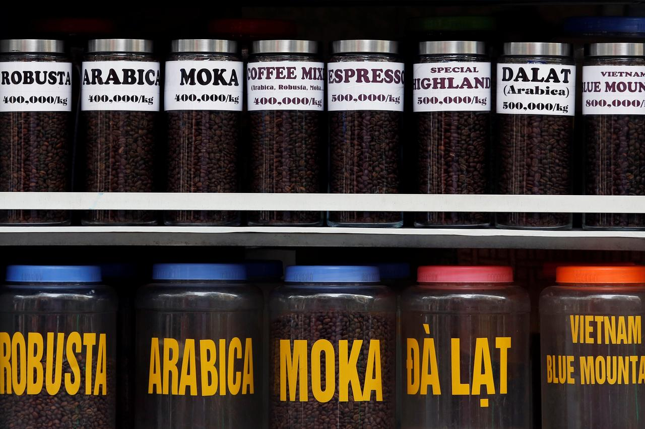 Asia Coffee-Trading slows in Vietnam, Indonesia muted