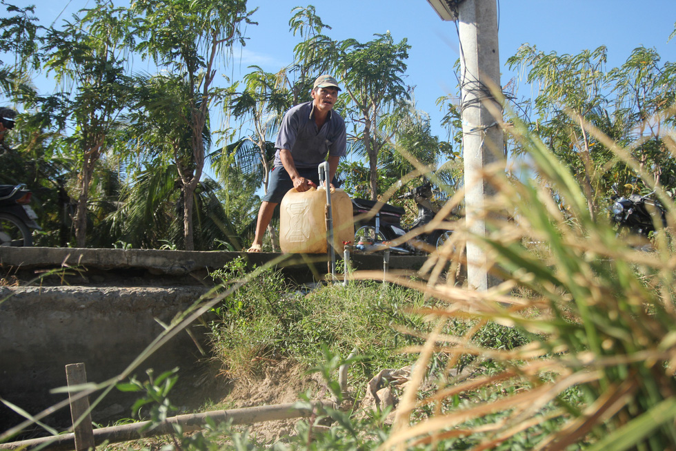 Засуха, вторжение соленой воды усилится в дельте Меконга во Вьетнаме