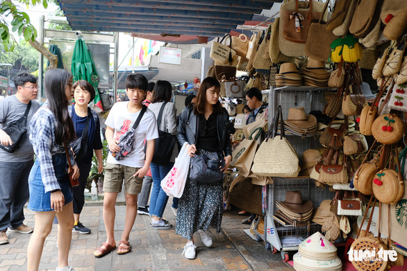 Da Nang closely monitors tourists visiting from South Korea amid new coronavirus outbreak