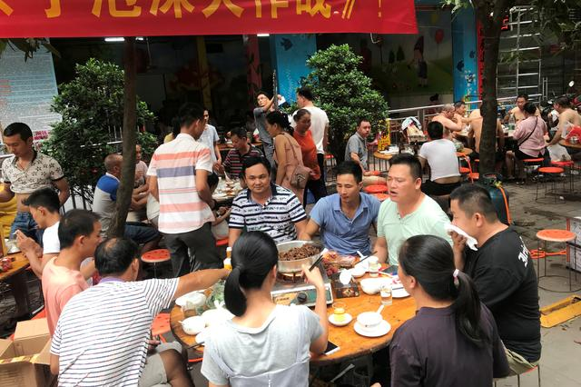 Shenzhen prepares ban on eating cats and dogs after outbreak