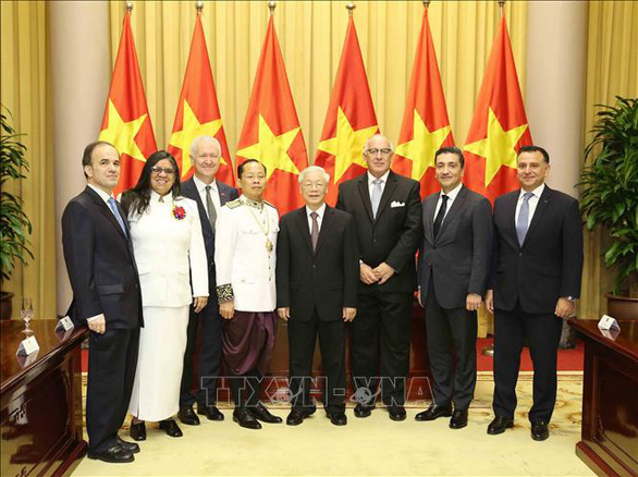 Party General Secretary, State President Nguyen Phu Trong receive credentials from seven ambassadors in Hanoi