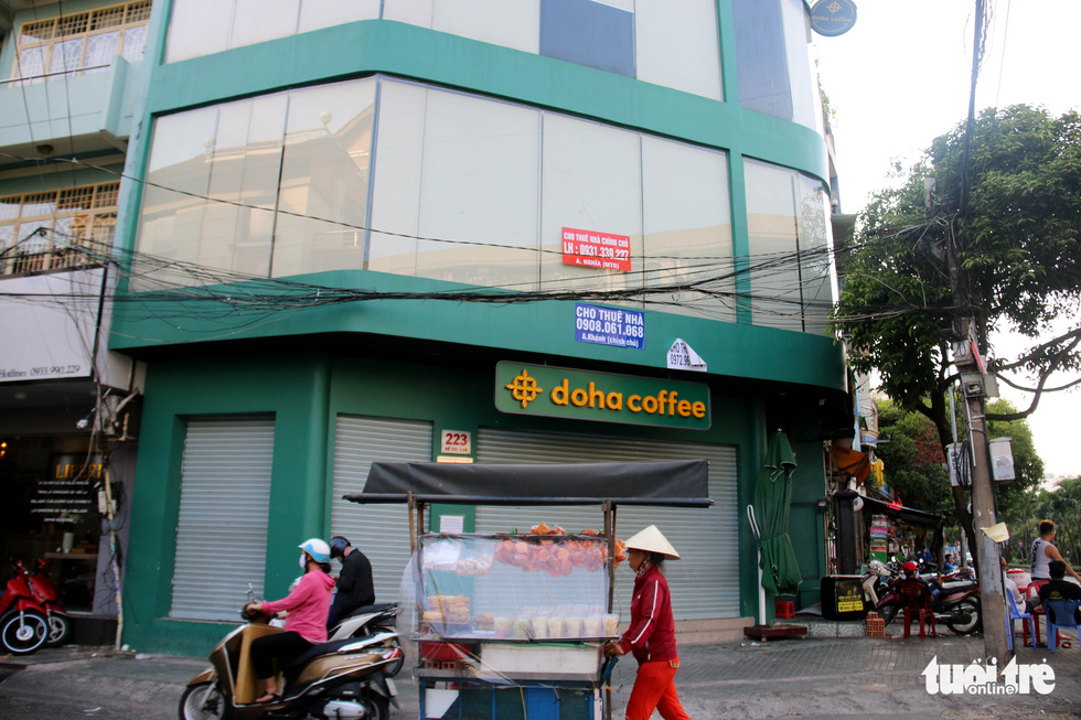 Stores close en masse on Ho Chi Minh City's famousdining street
