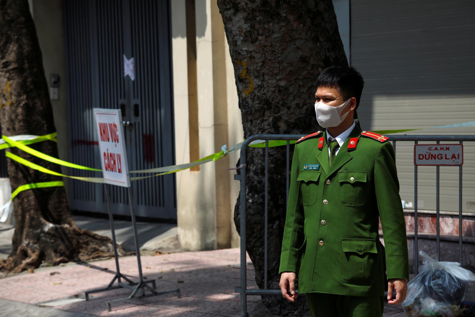 Vietnam suspends visa-free travel for 8 European countries over COVID-19