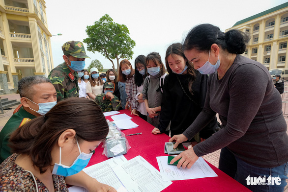 Vietnam PM orders readiness for 'large-scale' COVID-19 quarantine