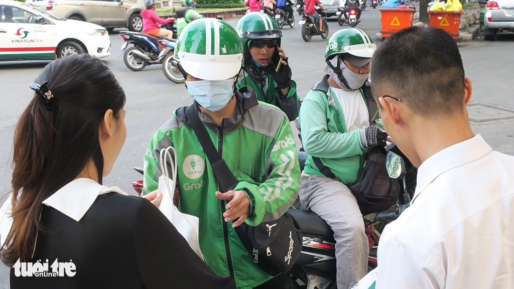 Online shopping sees rapid growth given COVID-19 epidemic in Vietnam