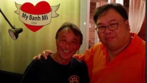 Kiwi celebrity chef on Vietnam's COVID-19 volunteers: 'I bow my head to them'