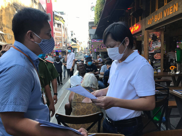 Ho Chi Minh City closes catering businesses, barbershops through March