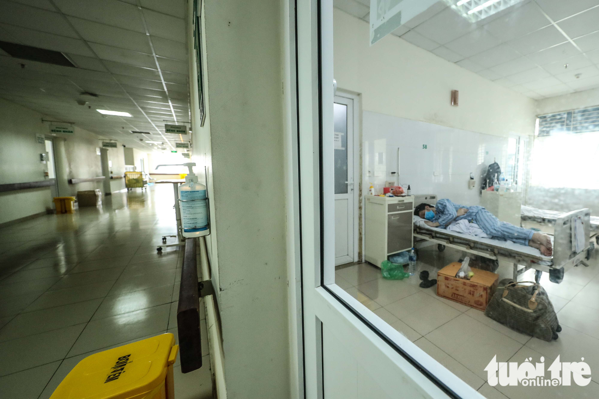 People with high risk of infection are quarantined at the National Hospital for Tropical Diseases in Dong Anh District in Hanoi, Vietnam. Photo: Nguyen Khanh / Tuoi Tre