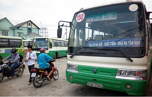 Ho Chi Minh City bansintercity buses, limiting passengercoaches