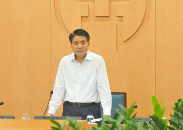 Hanoi will fine those leaving home under unnecessary circumstances to contain COVID-19: chairman