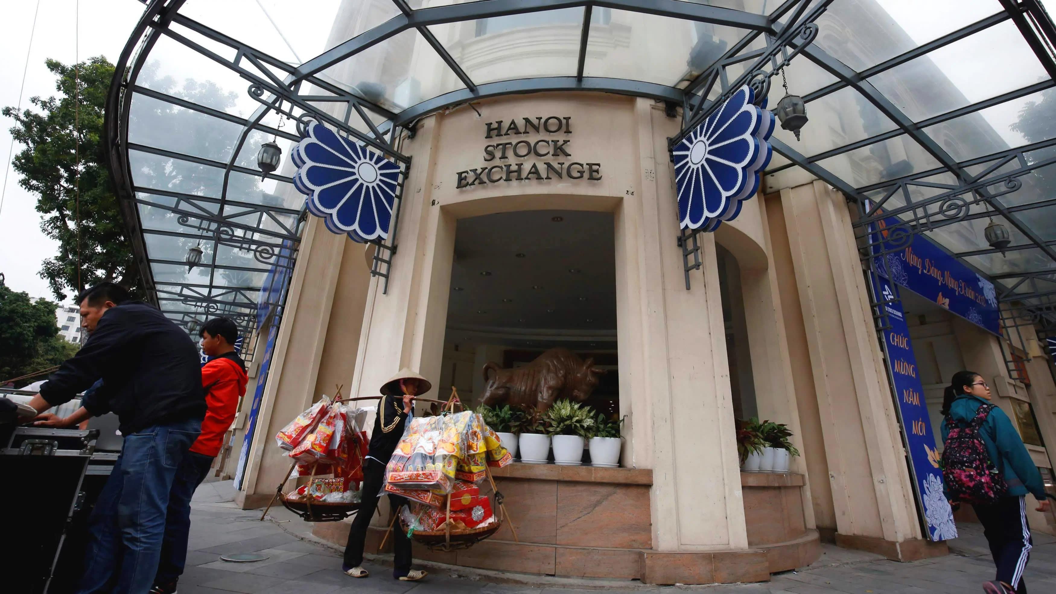 SE Asia Stocks: Up as global equities cheer slowing virus; Vietnam surges 5%