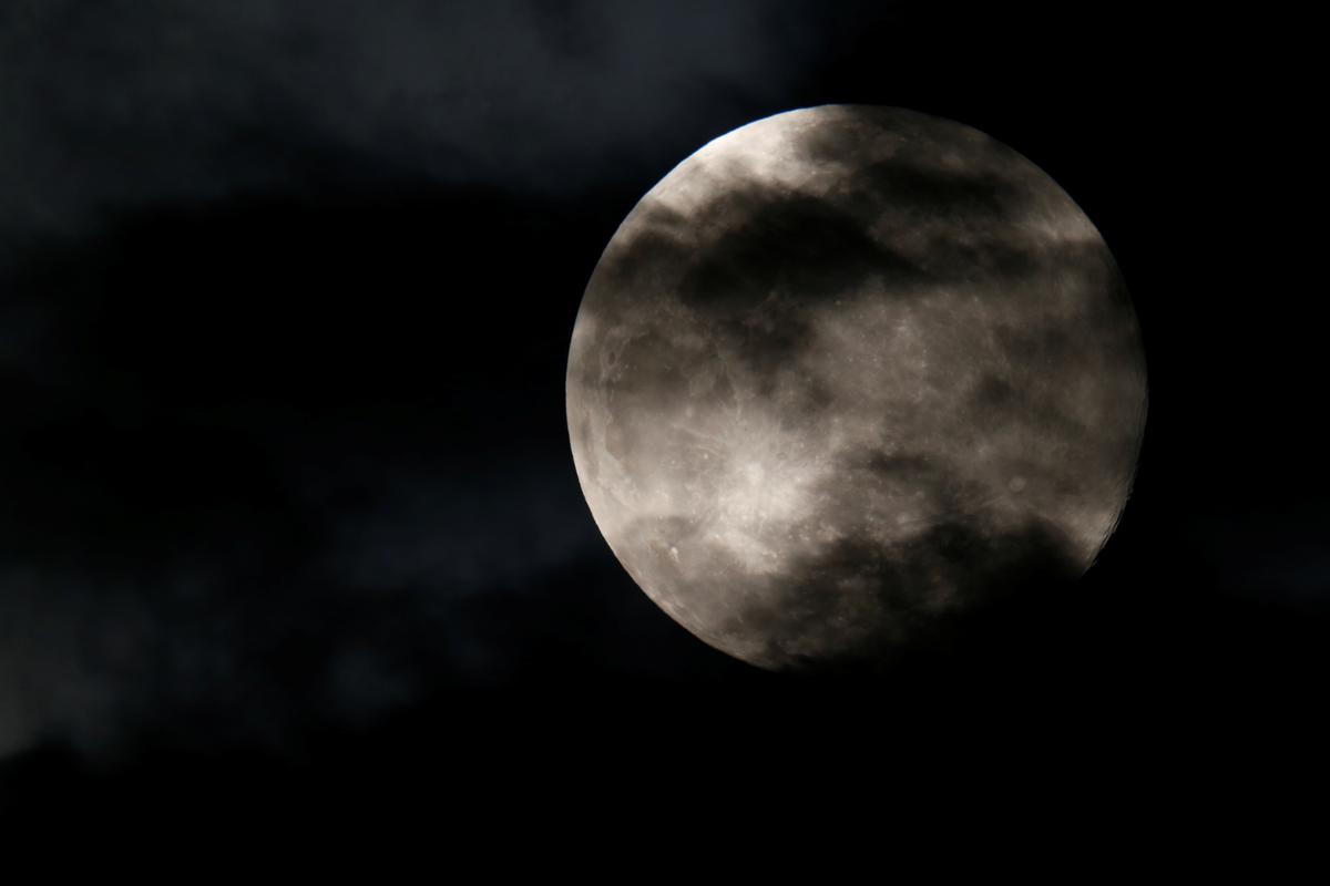 The pink supermoon, the biggest full moon of 2020, is seen from in Valletta, Malta April 7, 2020. Photo: Reuters