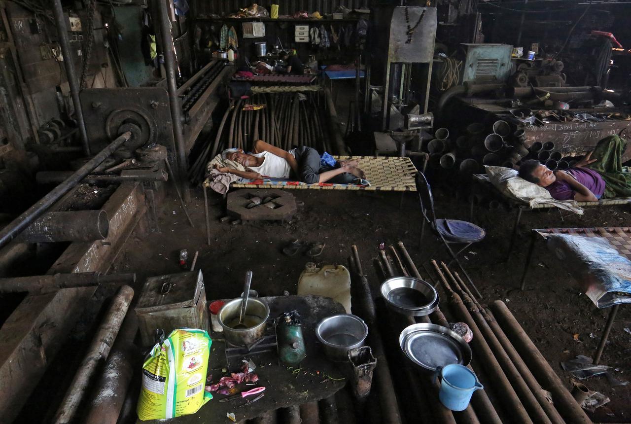 Coronavirus crisis could plunge half a billion people into poverty: Oxfam