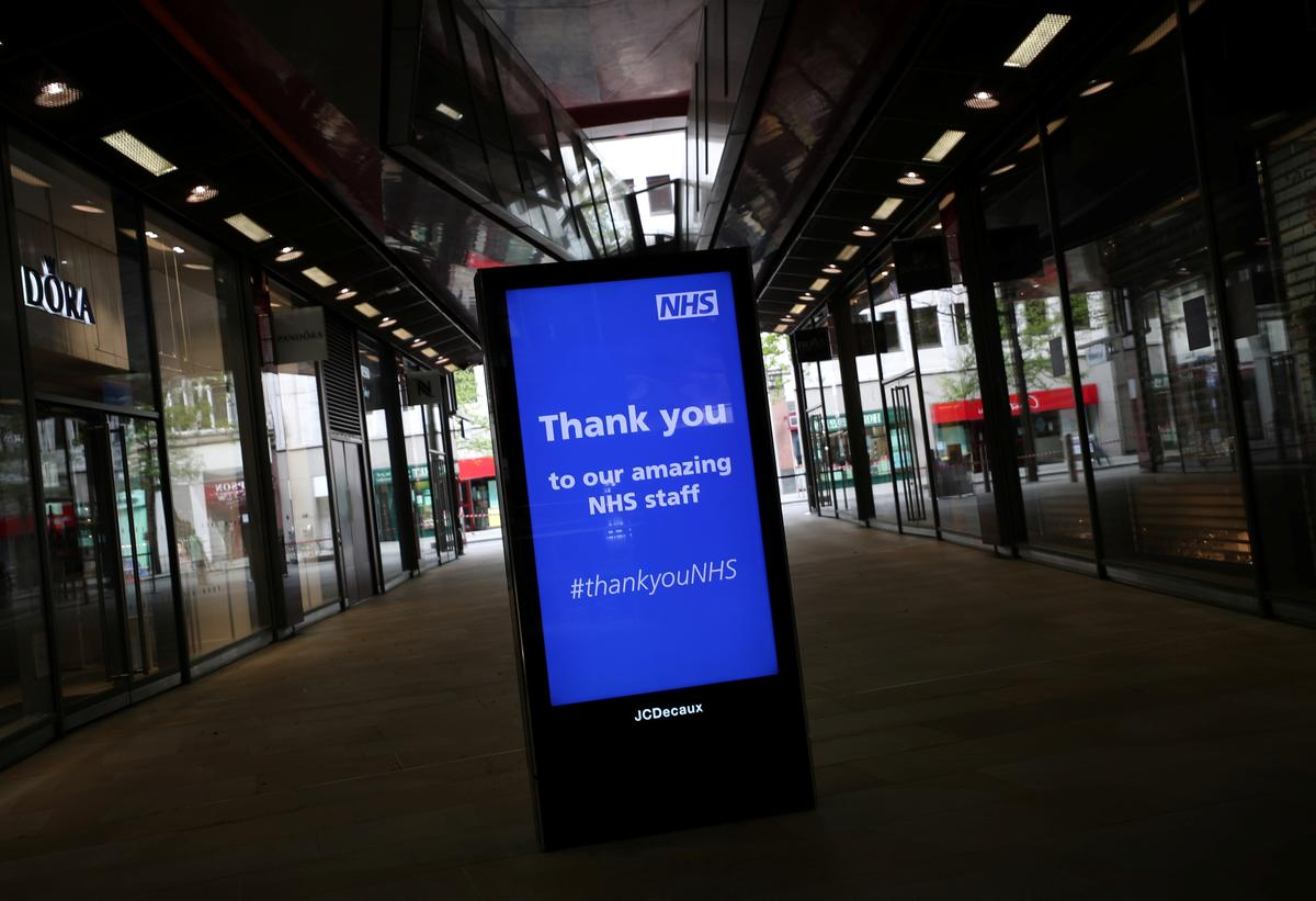 A billboard with a message displayed thanking the NHS is seen in London, as the spread of the coronavirus disease (COVID-19) continues, London, Britain, April 13, 2020. Photo: Reuters