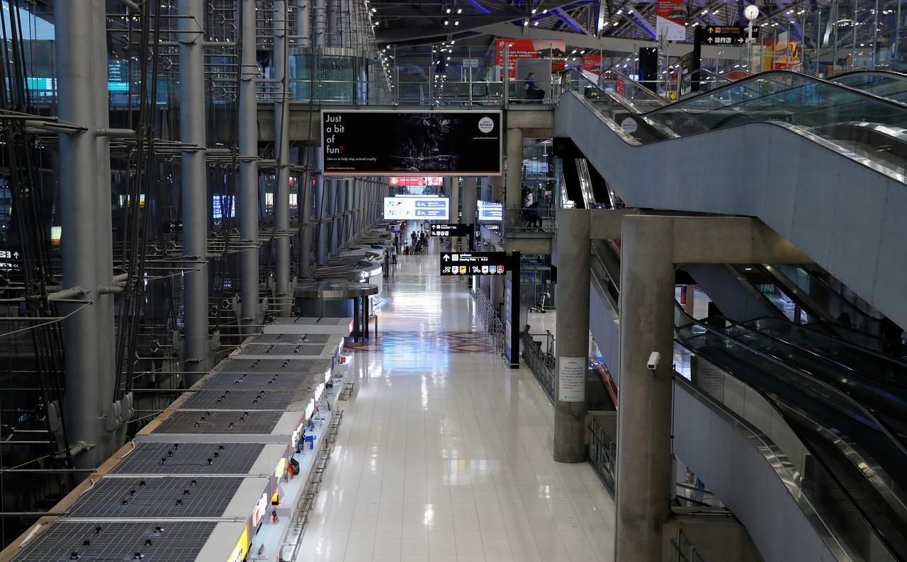 Thailand extends ban on passenger flights until end-April
