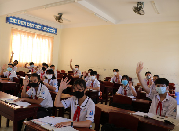 Long time no see: First Vietnamese provinces reopen schools after 3-month COVID-19 break