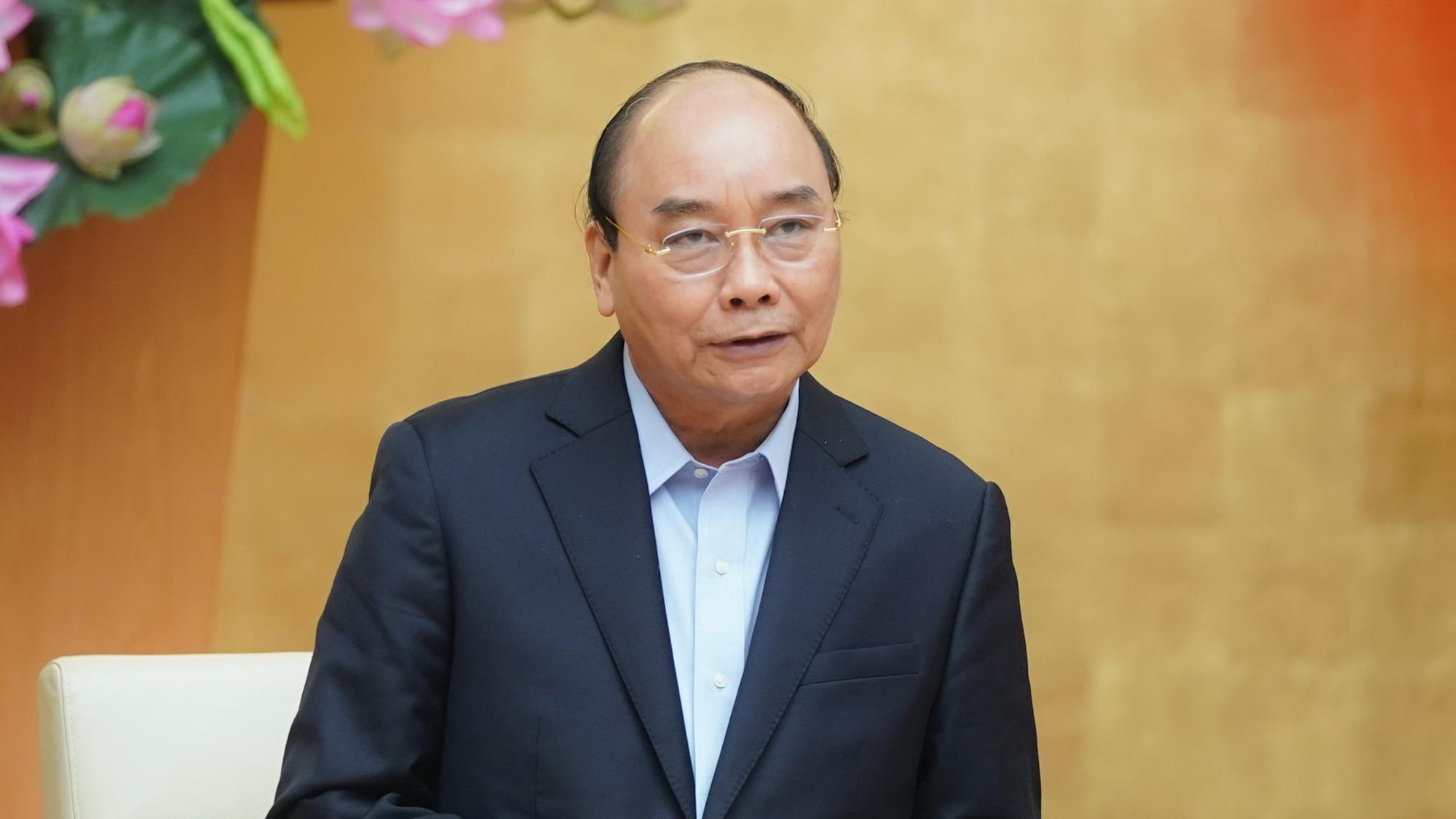 Vietnam PM eyes restarting economy in new phase of COVID-19 fight