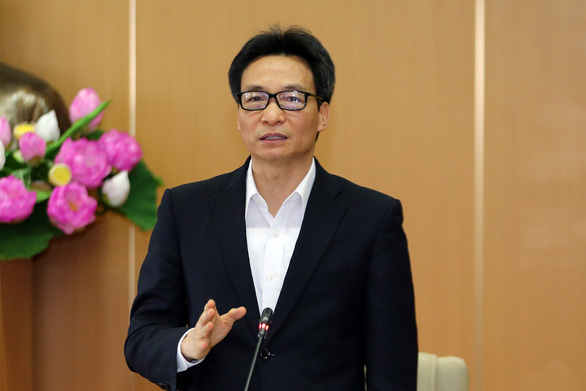 Vietnam's Deputy Prime Minister Vu Duc Dam speaks at a meeting of the Steering Committee for COVID-19 Prevention and Control in Hanoi, April 24, 2020. Photo: Vietnam Government Portal