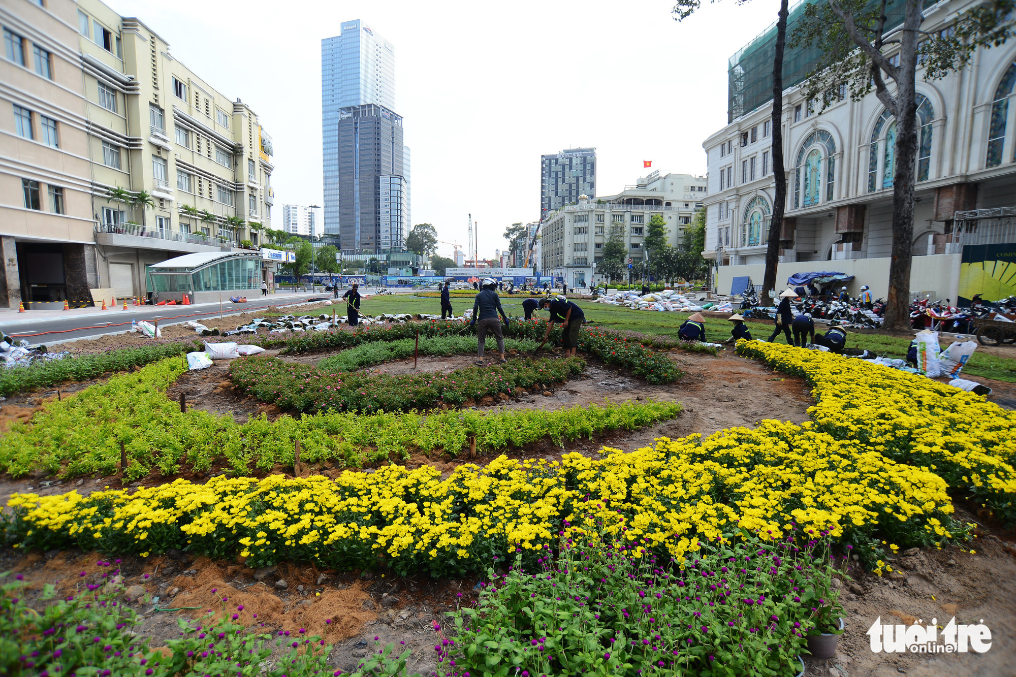 Flowers are being planted in the area. Photo: Quang Dinh / Tuoi Tre