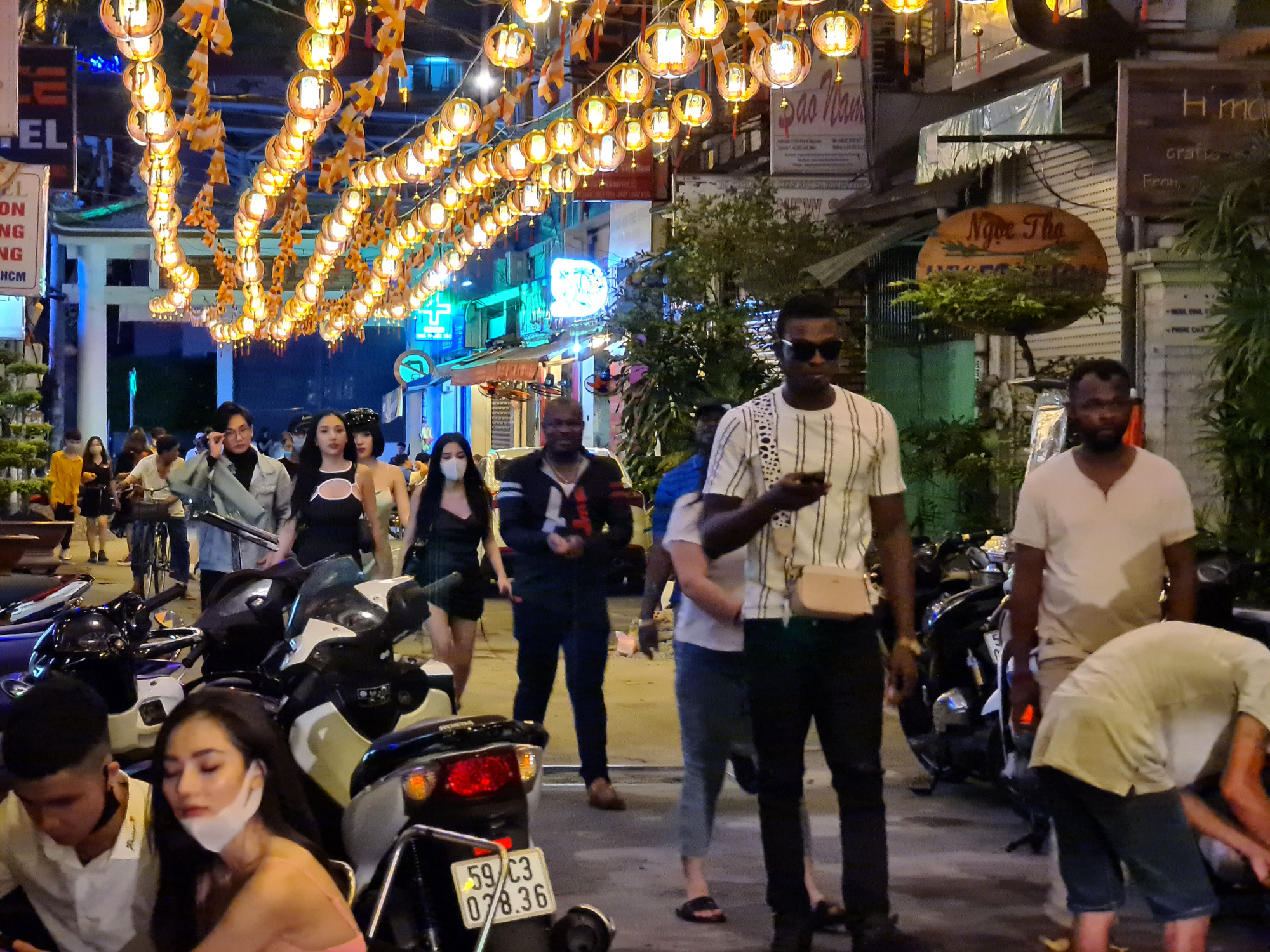 Ho Chi Minh City's 'backpacker area' bustling again as bars reopen
