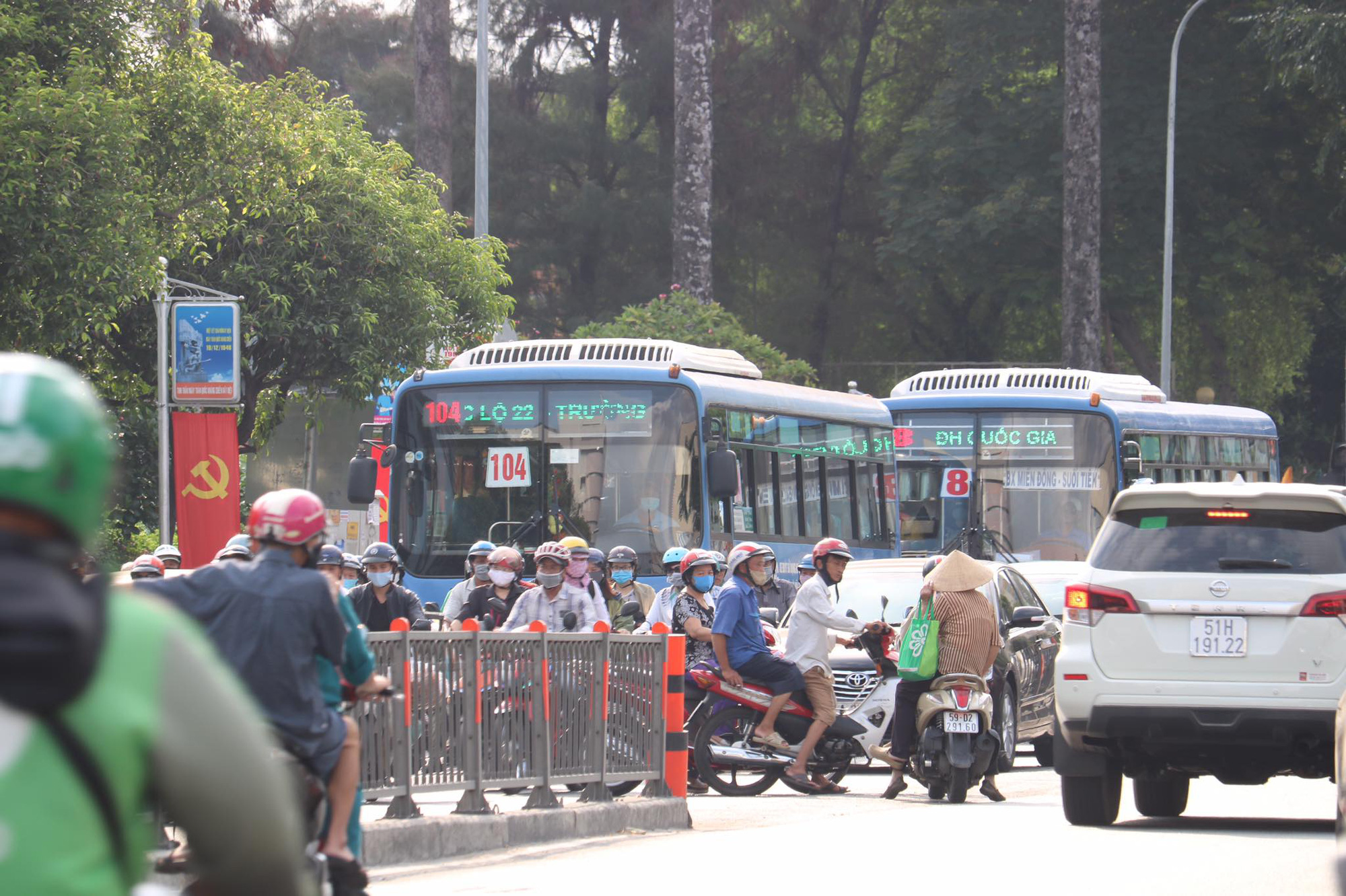 Ho Chi Minh City restores entire public bus network